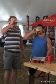 Beerpong contestants